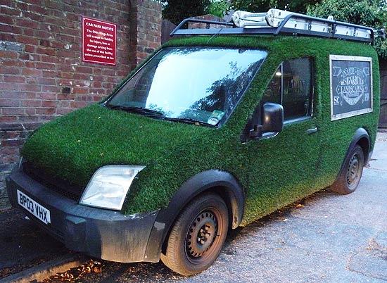 Landscape gardening van