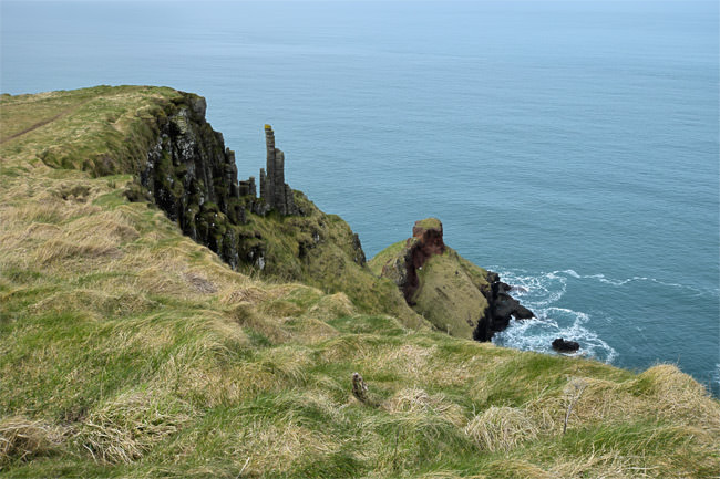 5/11 The Giant's Chimneys, exposed to the erosion process