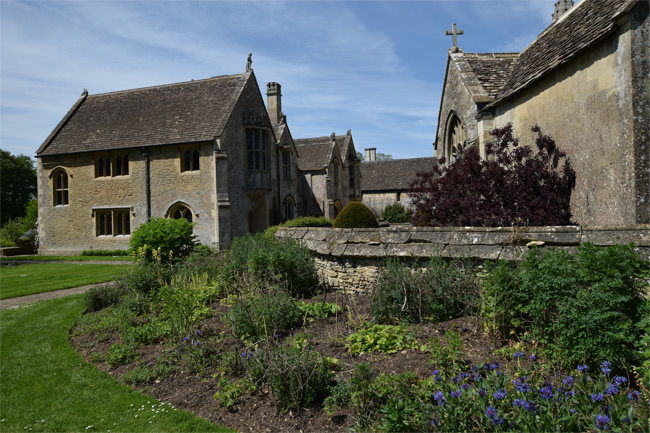15/16 All Saints Parish Church and Great Chalfield Manor - a harmonic twinning