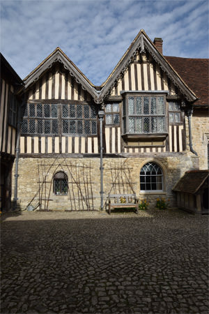 11/16 Ightham Mote's courtyard, looking east