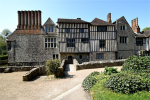 4/16 Ightham Mote from the east