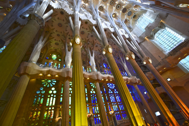 La Sagrada Familia - transept and nave