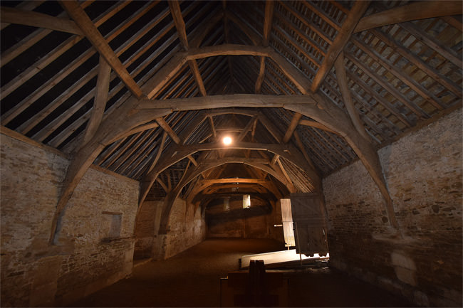 Lacock's 14th century tythe barn