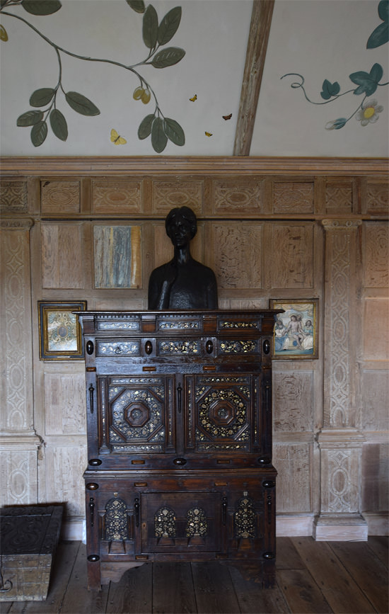 9/16 Parham House, Long Gallery oak panelling detail and an Ivan Meštrović bust