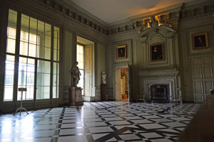 5/23 Petworth House's Marble Hall