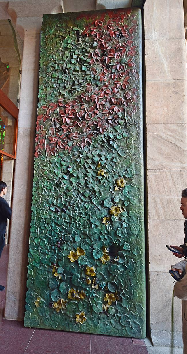 3/13 La Sagrada Familia - one of the bronze doors of the Nativity façade